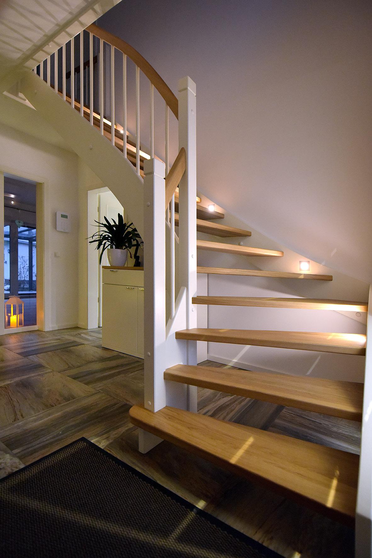 Treppe - 2250.jpg